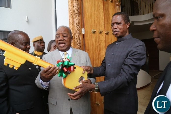 President Edgar Lungu officially handover the retirement House keys to the 4th Republican President Rupiah Banda during the handover ceremony at Bonaventure