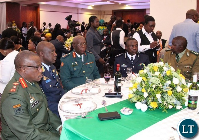 Service chiefs spotted during state lunch in honour of Zambia 1st president Kenneth Kaunda