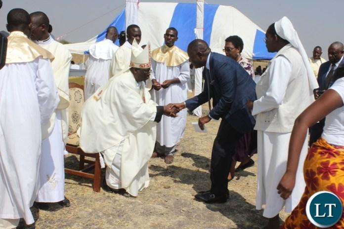 Mutati With Bishop At Silver Jubilee Celebrations