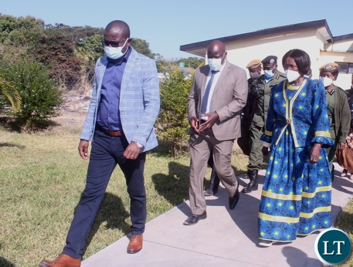 Western Province Permanent Secretary Danny Bukali (front) Vice President Inonge Wina (right back) and Western Province Medical Director Francis Liwyali (left back) Heading to inspect the oxygen plant at Lewanika General Hospital in Mongu