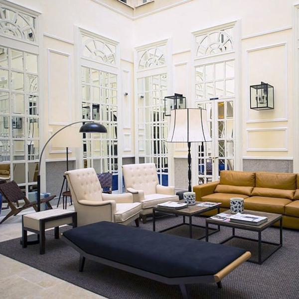 Modern Inteiror Design Blending Classic And Modern Ideas
