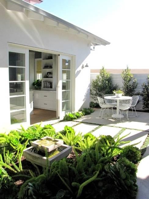 Garden Designs Small Areas