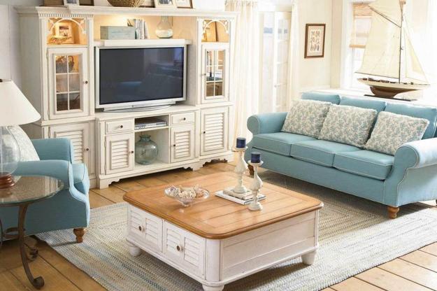 Peaceful Living Room Decor