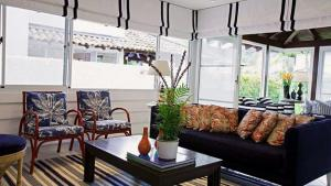 Small Living Room Design Ideas For Comfort And Elegant