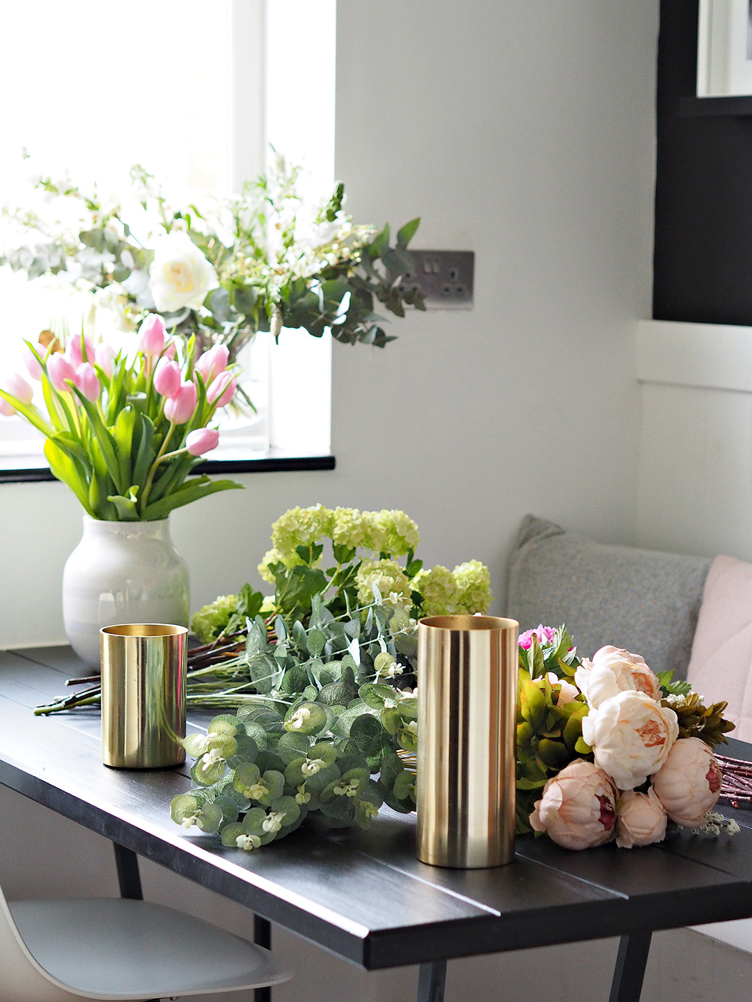 Faux Flowers & Foliage