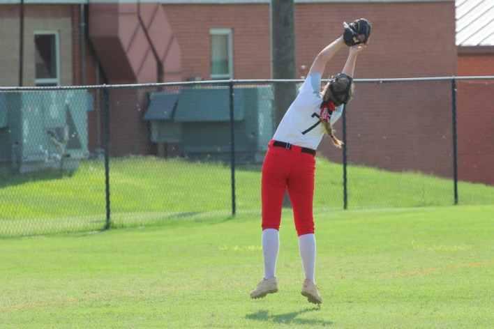 Luther Softball, Bolner jump catch