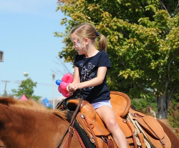 Septemberfest, girl riding horse
