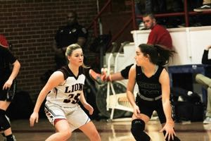 Luther Lions Girls Basketball