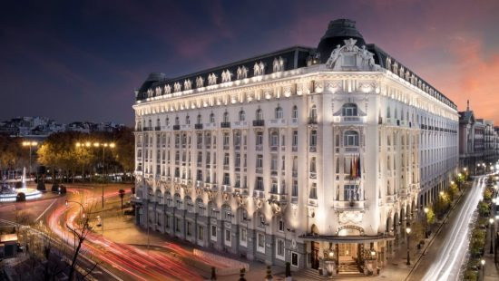 New-gallery-Facade-during-the-night-The-Westin-Palace--Madrid-1600x900