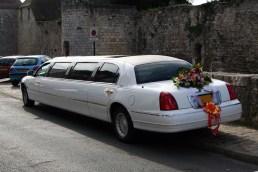 limousine con flores