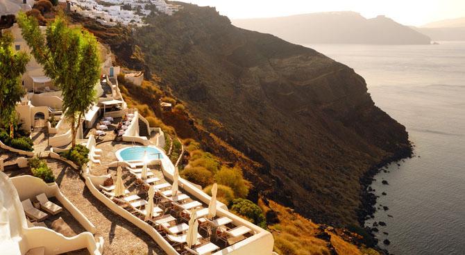 Five of the Best Luxury Resorts in Greece Mystique 1