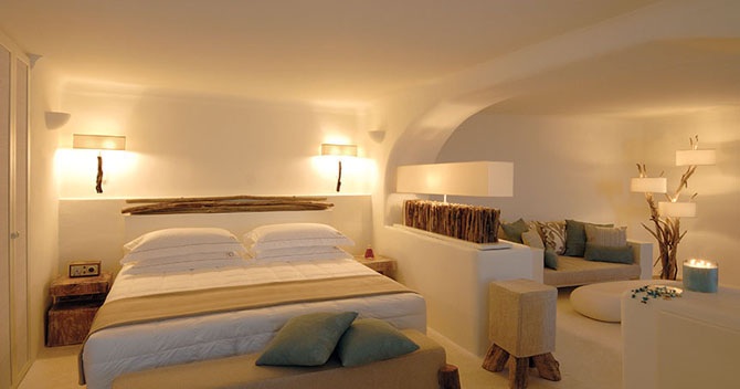 Five of the Best Luxury Resorts in Greece Mystique 3