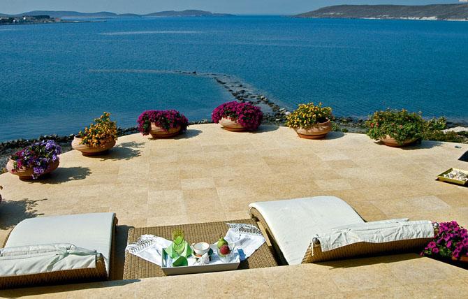 Five of the Best Luxury Resorts in Greece Villa Faros 3