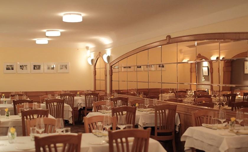 Artusi-Luxury-Restaurant-in-Delhi-2