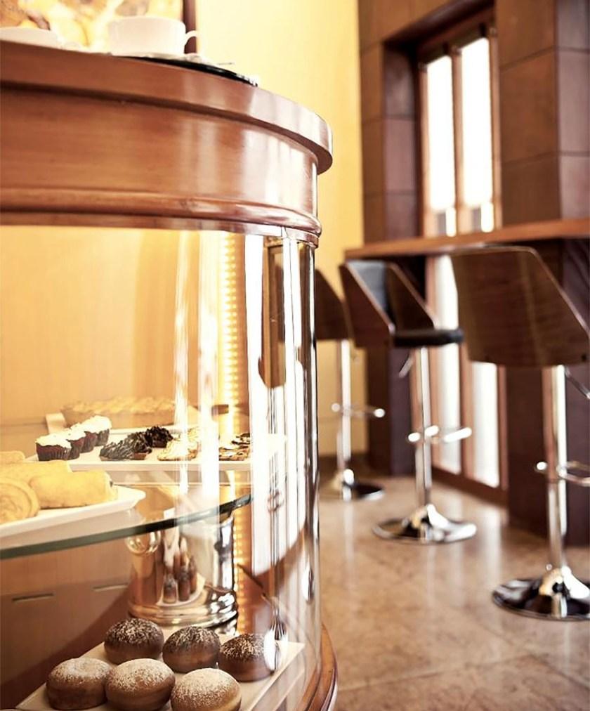 Artusi-Luxury-Restaurant-in-Delhi-6