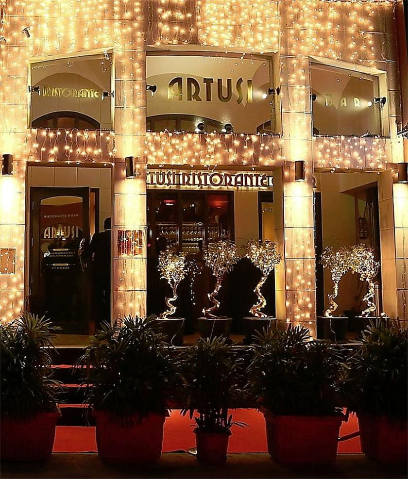 Artusi-Luxury-Restaurant-in-Delhi-8