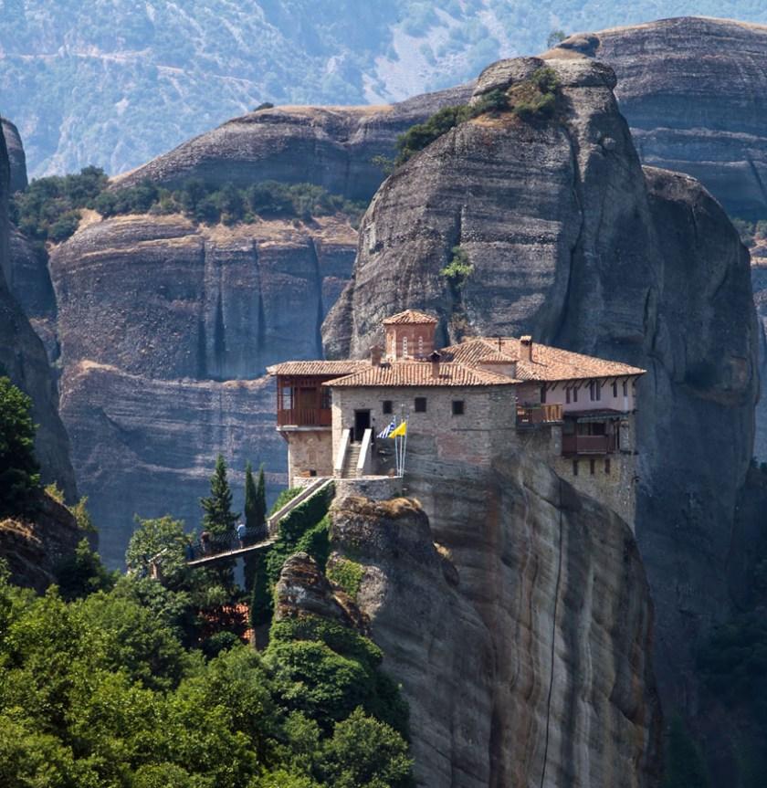 Hike the Meteora in Greece 1