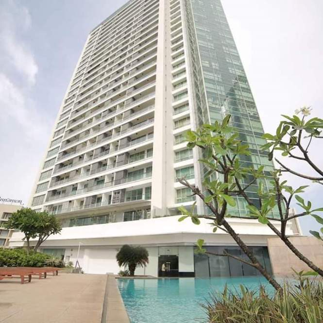 Luxury Apartment For In Monarch