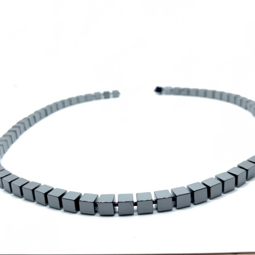 Hematite necklace online