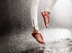 burberry ss11 april showers campaign - non apparel (7)