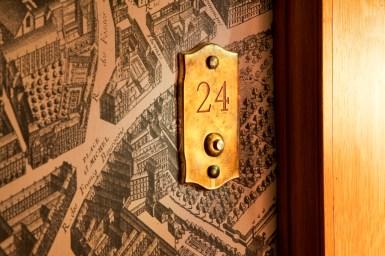 02 Hôtel de Buci-Paris -© Photo Christophe Bielsa Couloir plan de Turgot BD