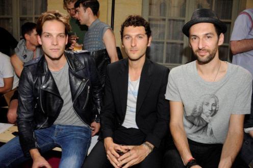 Andy Gillet, Aaron's Simon Buret and Olivier Coursier