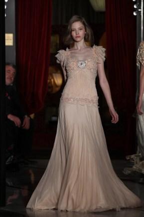 08-Robe en Tulle de Soie SkinTone RebrodÇe DANY ATRACHE PE 2012