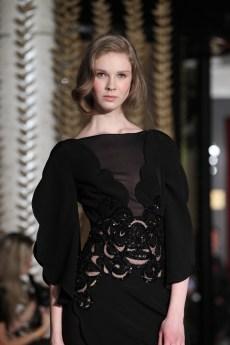 12-Robe Courte RebrodÇe en Cräpe de Soie Noir DANY ATRACHE PE 2012