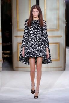 Giambattista Valli Haute Couture Spring 2013 - 16