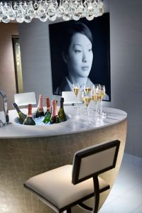 paris-suite-royal-orientale-suite-bar