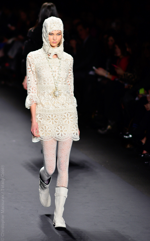 Anna Sui Fall Winter 2013-7