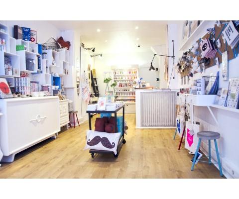 Boutique-PLACE-A_COM-ICONOPRESS-52cff56c44848
