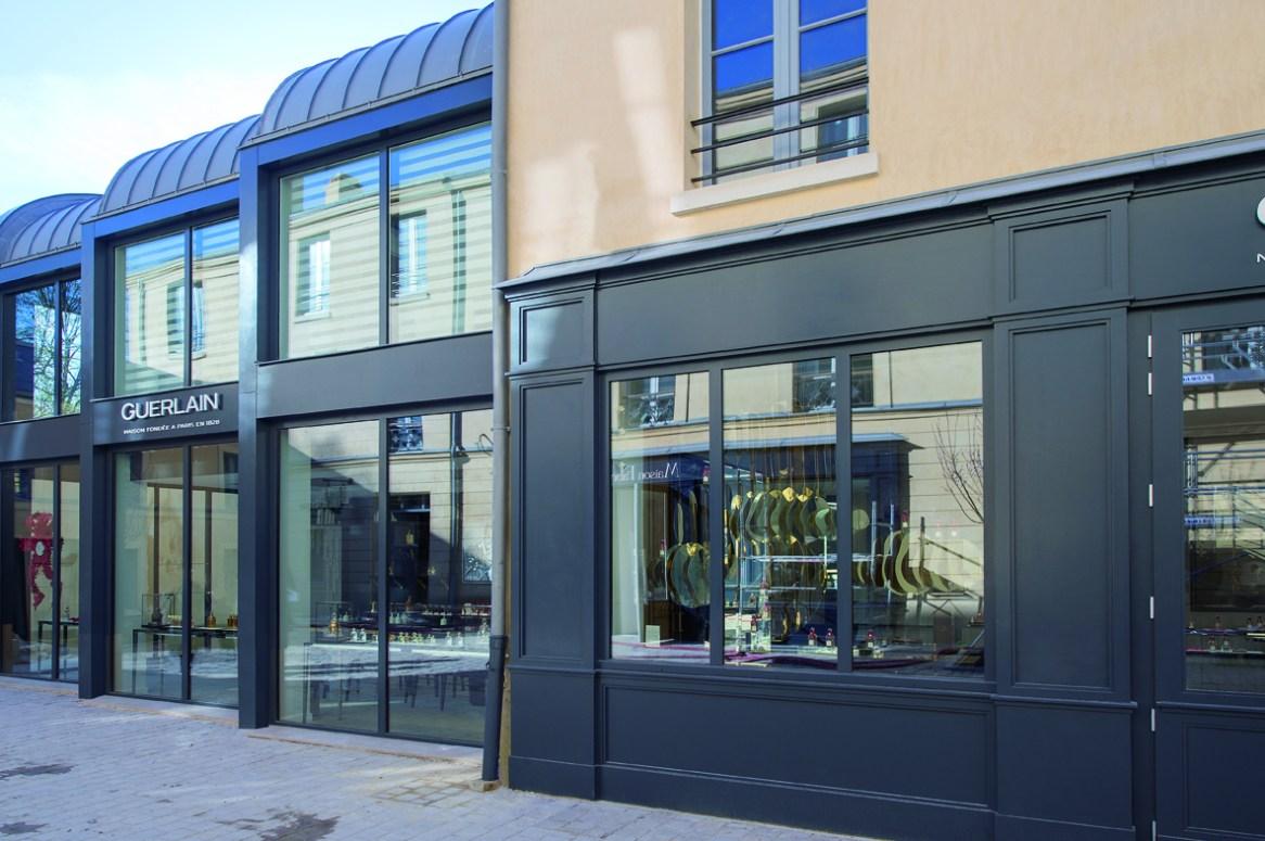 Cour des Senteurs_boutique Guerlain extérieur