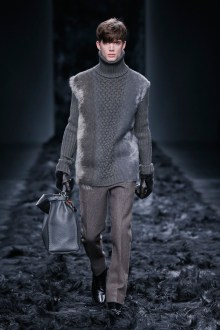 FENDI FALL WINTER 2014-15_Show look 1