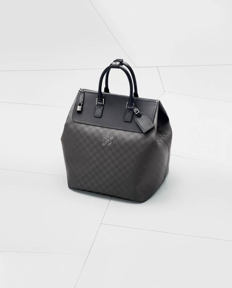 BMW_L.Vuitton_packshot_sacs_008