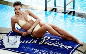 Louis-Vuitton_Summer_ToteCanvas