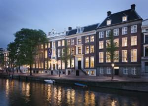 WA Amsterdam Exterior