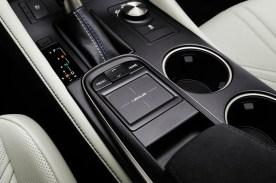 Lexus_RC_F_INT_45