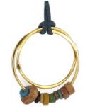Pendentif or jaune, perles antiques 790€