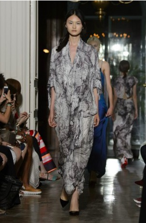 4c19e0bf40ba4d Shed my skin By Yiqing Yin Automne-Hiver 2015 - Luxsure