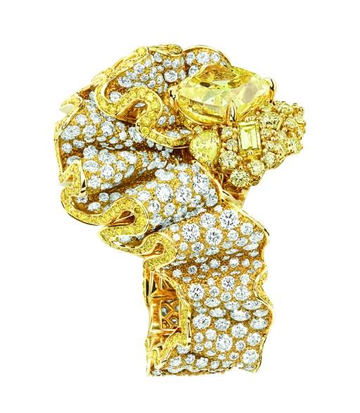 BAGUE FRONCE DIAMANT JAUNE 750/1000e or jaune, diamants et diamants jaunes
