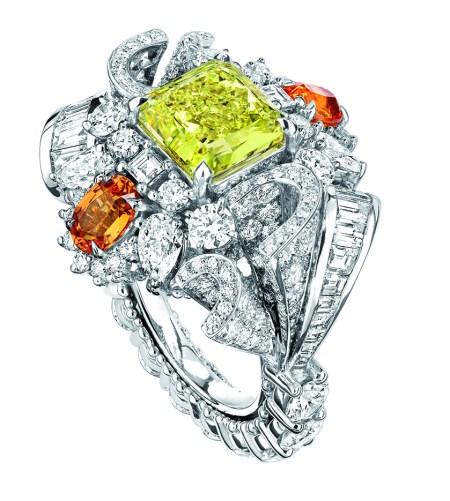 BAGUE PLUMETIS DIAMANT JAUNE JCAD93001 750/1000e or blanc, diamants, diamant jaune et grenats spessartites