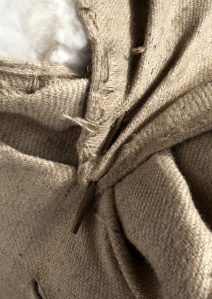The Burberry Classic Cashmere Scarf - Craftsmanship Image_002
