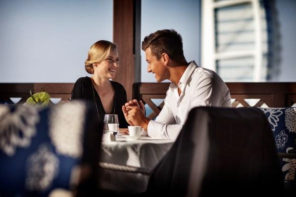 pg 33 Gastronomy_Pier Chic_Restaurant_Couple Chatting