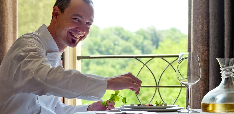955-so-2013-restaurant-le-cloitre-photo-background05-fr