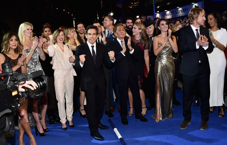 """LONDON, ENGLAND - FEBRUARY 04: Ben Stiller (C) with cast and guests celebrate after record breaking selfie attempt during a London Fan Screening of the Paramount Pictures film """"Zoolander No. 2"""" at the Empire Leicester Square on February 4, 2016 in London, England. (Photo by Gareth Cattermole/Getty Images for Paramount Pictures) *** Local Caption *** Ben Stiller;Valentino;Christine Taylor;Penelope Cruz;Owen Wilson"""