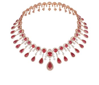 Necklace_from_the_Red_Carpet_Collection_819772-5001_8584