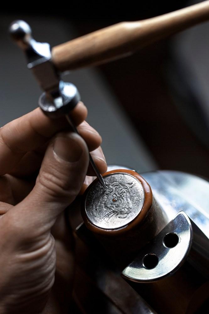 Hermes_Higlights Baselworld 2016_Arceau Tigre_Pictures_Making of_Arceau Tigre Gravure-Engraving_2®JohannSauty