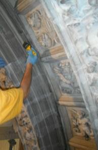 stone-doorway-restoration-chapter-hall-scuola-grande-di-san-rocco-credit-monica-vial-and-renzo-benedetti-3