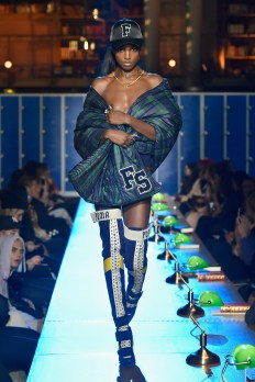 PARIS, FRANCE - MARCH 06: (LOOK 29) A model walks the runway during FENTY PUMA by Rihanna Fall / Winter 2017 Collection at Bibliotheque Nationale de France on March 6, 2017 in Paris, France. (Photo by Kristy Sparow/Getty Images for Fenty Puma)